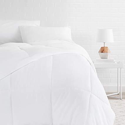 AmazonBasics Bettdecke mit Kunstdaunen-Füllung, 200x200 cm